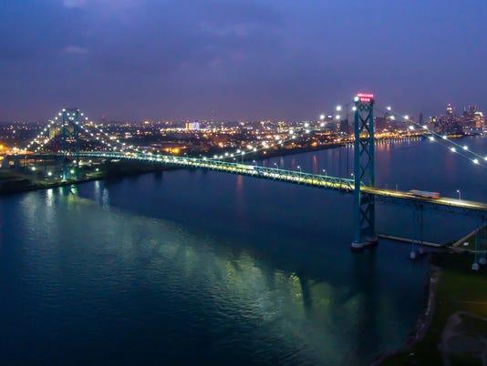 636443758973517383-wsi-imageoptim-Ambassador-Bridge-Nighttime-Vito-Palmisano.jpg