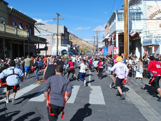 Redrun III: A Zombie Manifestival features two course