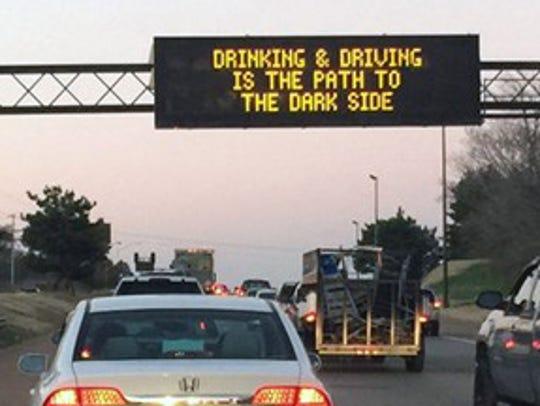 TDOT overhead sign along Interstate 40