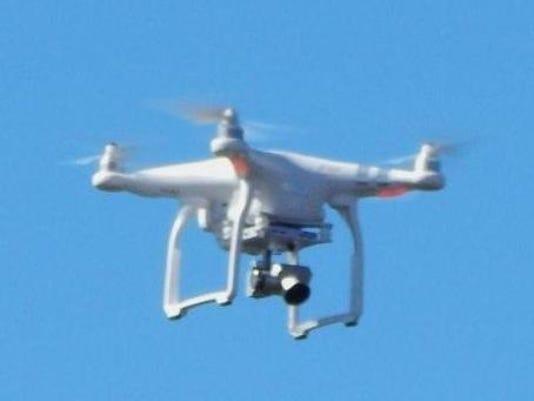 635810451274320535-drone