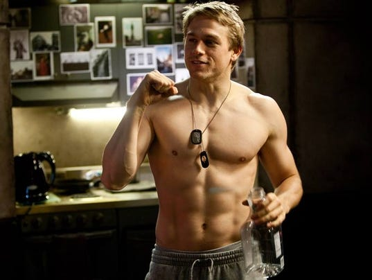 """Charlie Hunnam shows how he got into buff shape for """"Pacific Rim ..."""