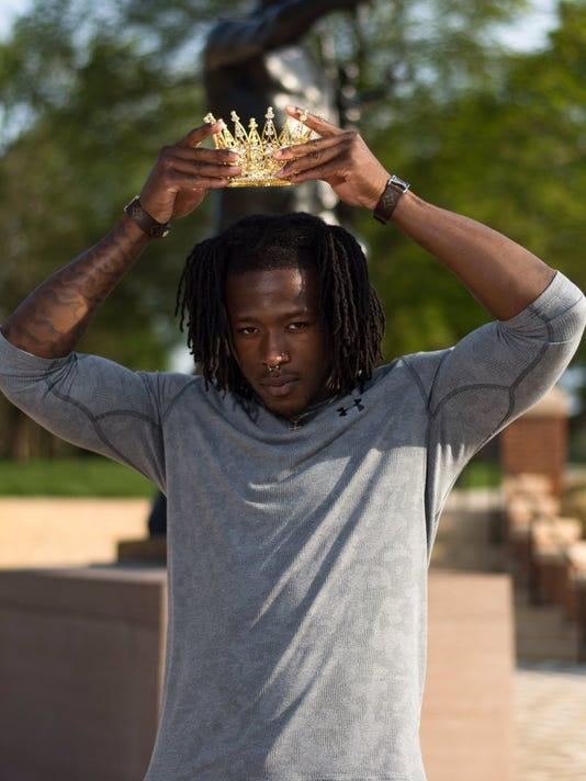 Kamara-Crown.jpg