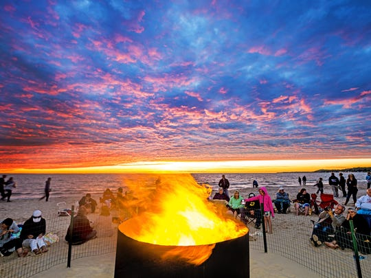 Ludington beach bonfire ToddandBradReed.jpg
