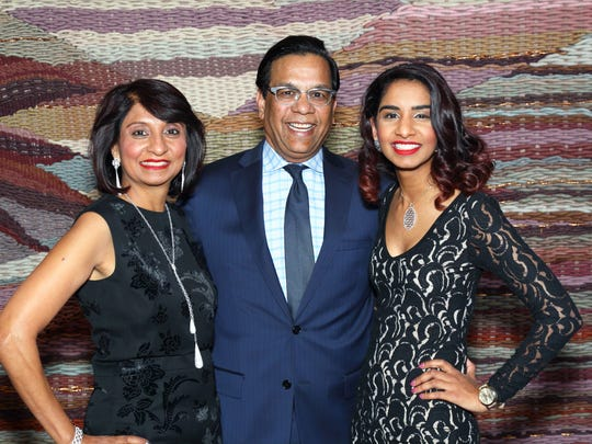 (left to right): Jaishree Mehta, Raju Mehta and daughter