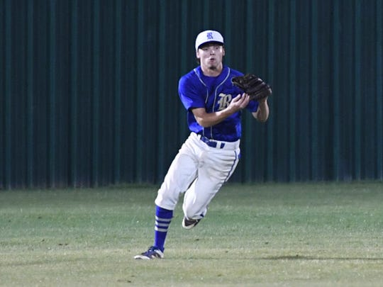 Riverside's Raleigh Odle makes a catch in the out field