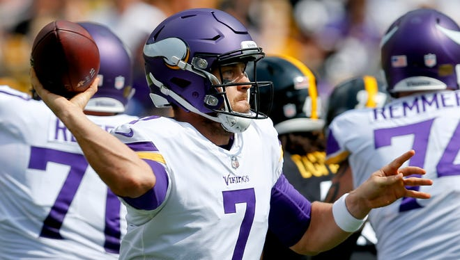 Minnesota Vikings quarterback Case Keenum (7) passes during the first half of an NFL football game against the Pittsburgh Steelers, Sunday, Sept. 17, 2017, in Pittsburgh.