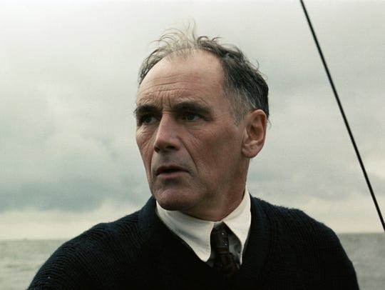 Mark Rylance plays a father determined to do his bit