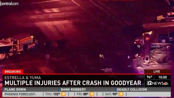 Three-car wreck in Goodyear
