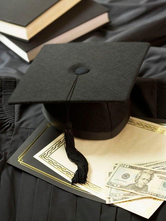 FTC0513.gg.student.scholarships01.jpg
