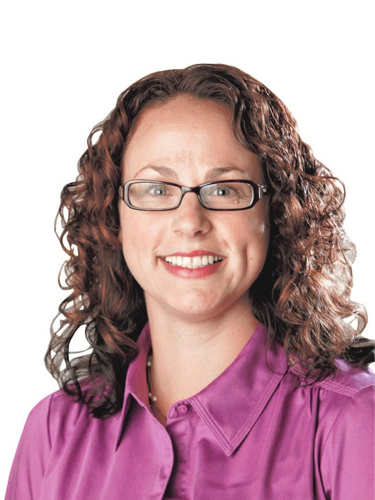 Mandy Brooks, new recycling columnist/Living and El Sol