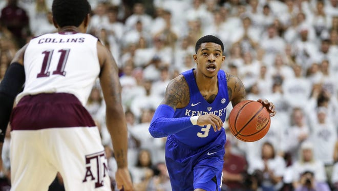 Feb 20, 2016; College Station, TX, USA; Kentucky Wildcats guard Tyler Ulis (3) dribbles the ball during the first half against the Texas A&M Aggies at Reed Arena.