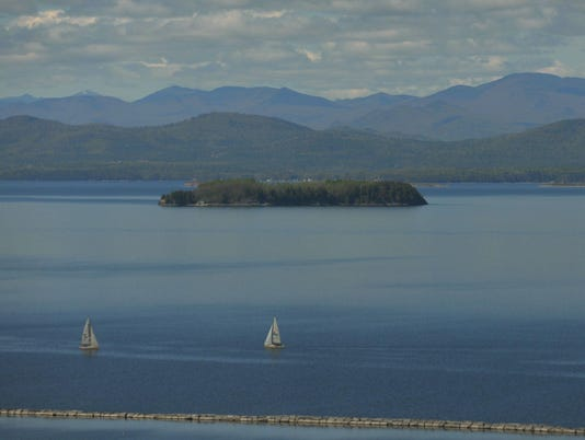 -2016 May 18 Lake Champlain from the 7th floor.jpg_20160518.jpg