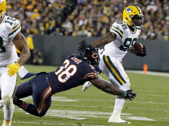 AP_Bears_Packers_Football