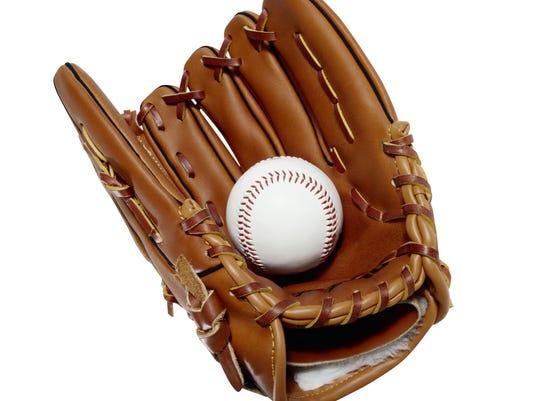 IMG_baseballglove.jpg_2_1_7H7Q7AAQ.jpg_20140628.jpg