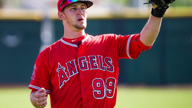 Los Angeles Angels of Anaheim catcher Taylor Ward works out with the team at the Tempe Diablo Stadium Complex in Tempe, Arizona, Tuesday, March 1, 2016.