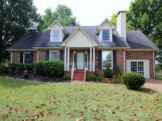 WILLIAMSON COUNTY: 800 Countrywood Dr., Franklin 37064
