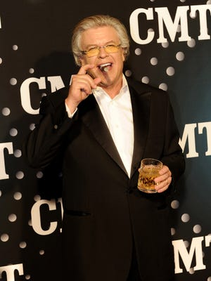 Comedian Ron White, pictured, will perform in Nashville this weekend. So will Chris Hardwick and Luenell.