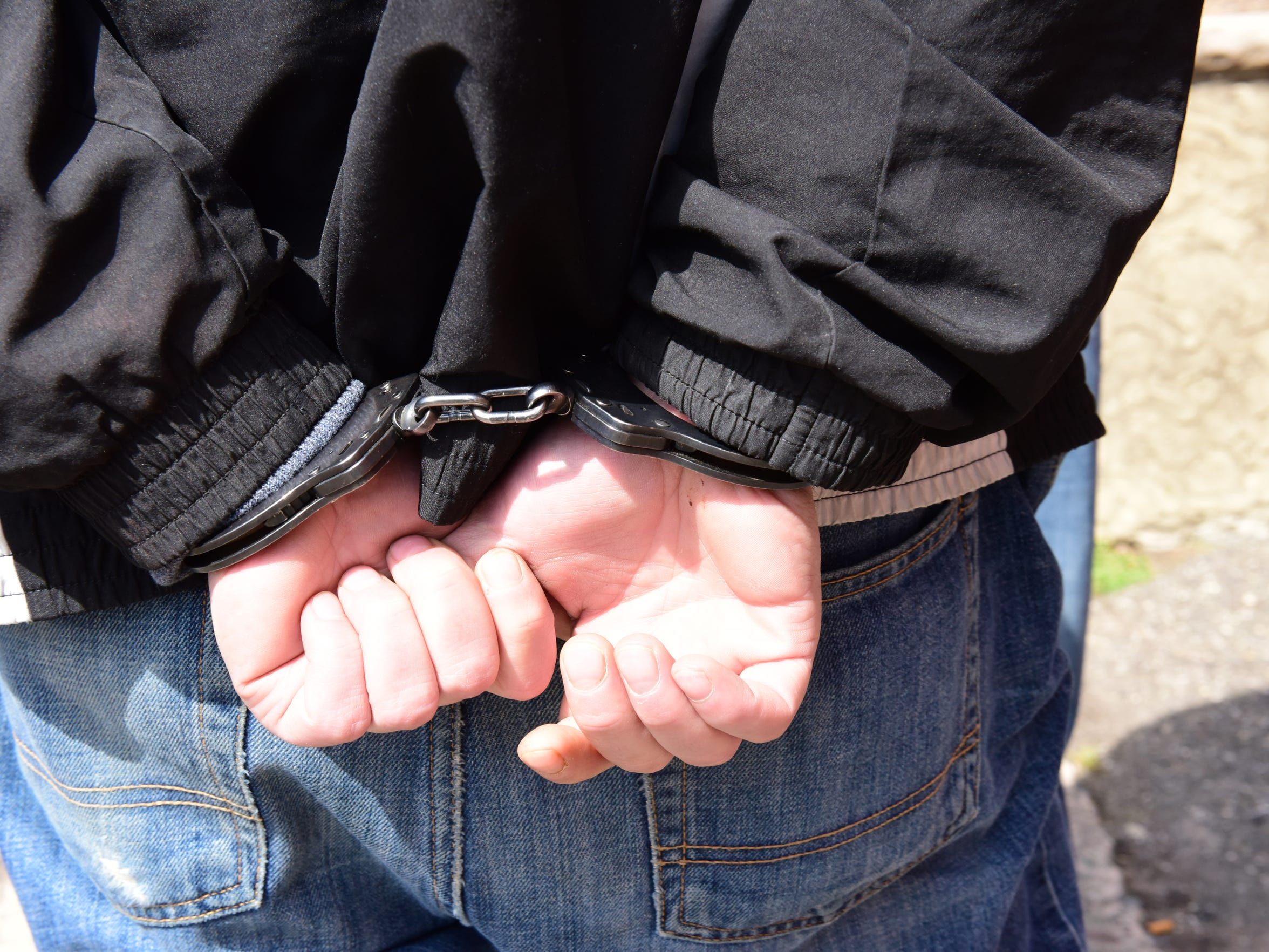 A man is arrested with paraphernalia in Elmwood Park