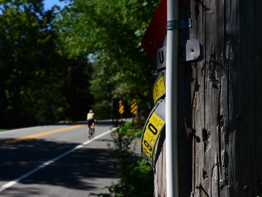 An eruv remains on a utility pole on West Saddle River Road at Applewood Drive in Upper Saddle River last Wednesday, after the noon deadline passed to have it removed.