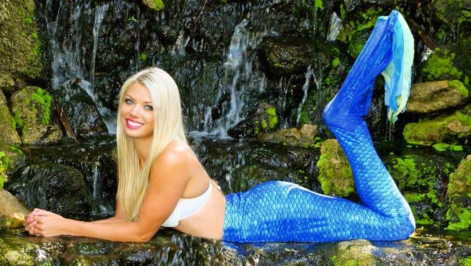 Weeki Wachee Mermaid Chelsea Stewart.