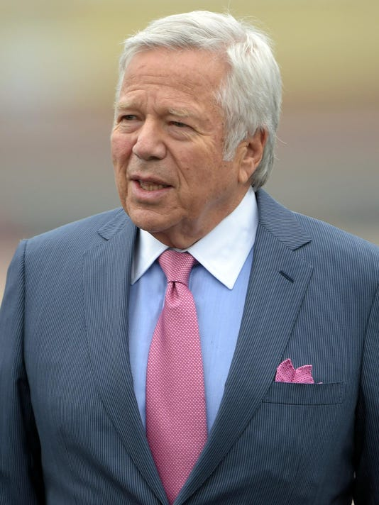 Defiant Patriots owner says Belichick, Brady have never lied to him