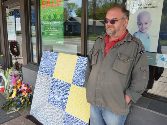 William Argetsinger said he created a mosaic as a gift