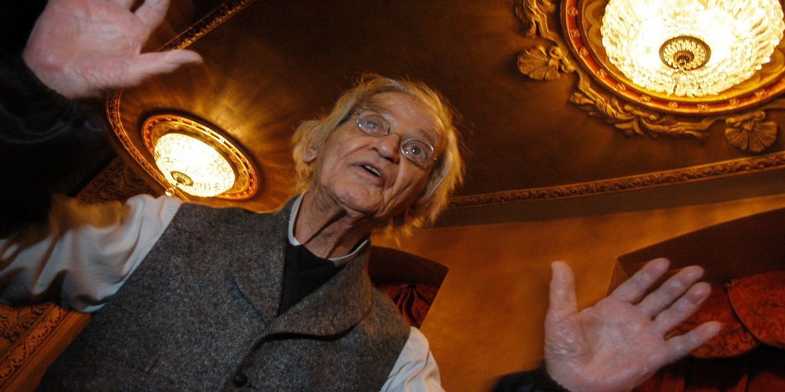 Irwin Corey Comedic Professor Dies At 102