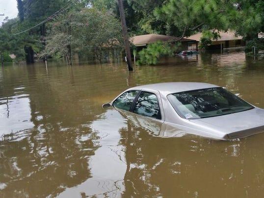636069010690053044-flood2.jpg