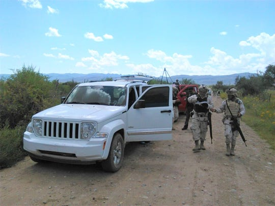 Mexican soldiers stopped two vehicles, including a pickup carrying a small ultralight aircraft, near El Porvenir, Chihuahua.