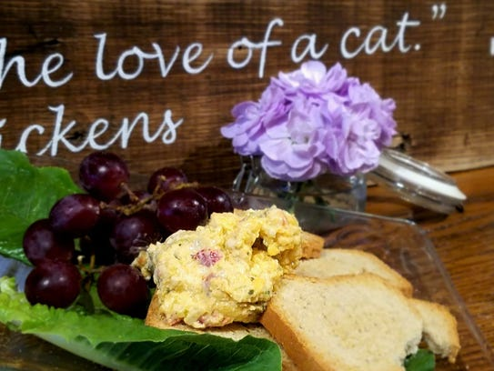 River Kitty offers sweets, coffee drinks, tea and smoothies