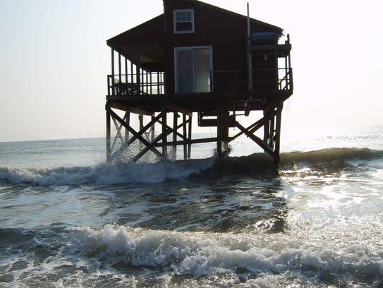 Dunk Island Holidays: Beach Strategies: Rebuild, Retreat Or Relax