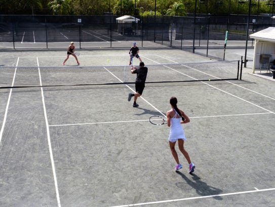Mixed Doubles competition in action at the Buttonwood