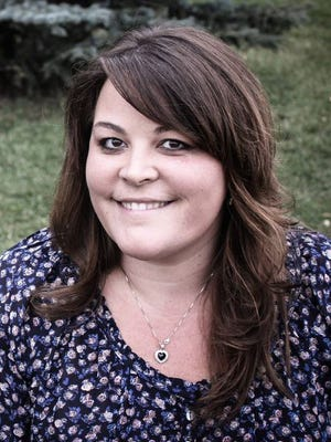 Lisa Fast is marketing coordinator for Livestock Water Recycling.