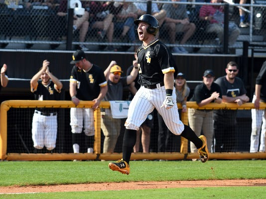 636545705718995702-MSU-vs-USM-Baseball-15.jpg