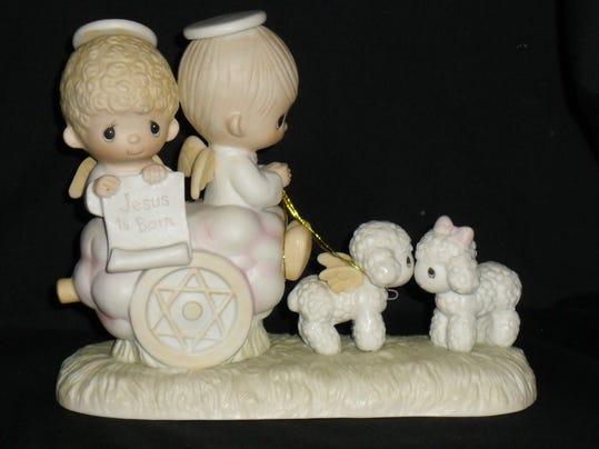 Precious Moments Jesus Is Born very rare figurine b.jpg