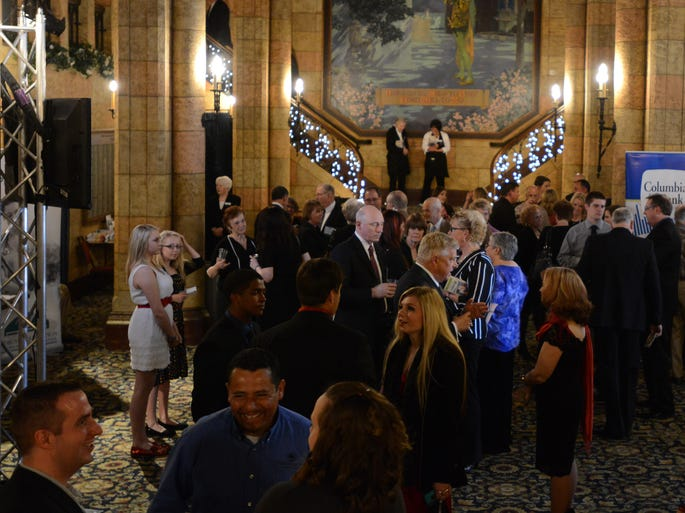 Guests wait to hear keynote speaker Soledad O'Brien during the 10th annual Benefit by the Medical Foundation of Marion & Polk Counties at the Elsinore Theatre in downtown Salem on Friday, April 25, 2014.