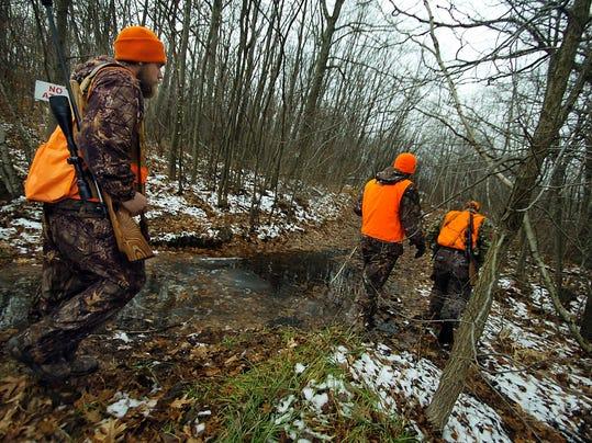 IMG_Deer_Hunting_Season__1_1_U15RUSHE.jpg_20131207.jpg