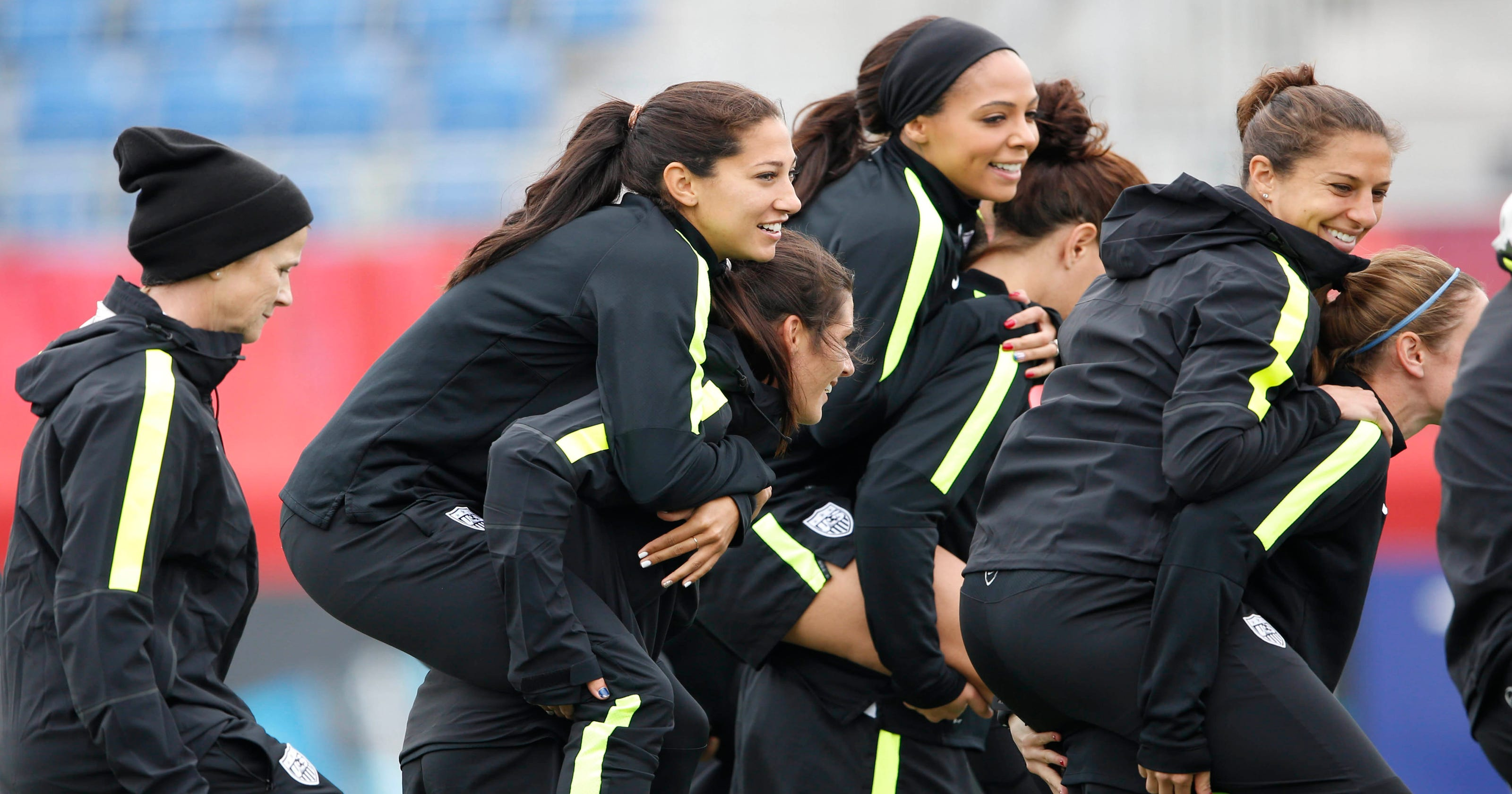 9f22a7e7cb6 U.S. players stay entertained, active during Women's World Cup lull