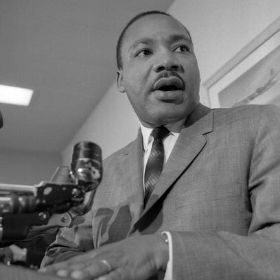 The Rev. Martin Luther King Jr. addresses about 1,000