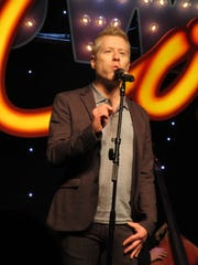 Convention co-founder Anthony Rapp performs during BroadwayCon 2017.