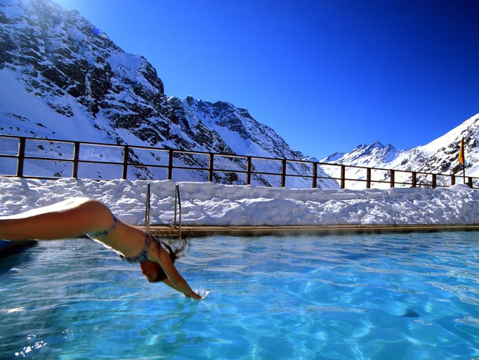 Best ski resort pools and hot tubs - Hotel in montagna con piscina ...