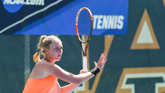 Auburn's Pleun Burgmans battled back to win the final two sets over Arizona State's Ebony Panoho 4-6, 6-1, 6-1 to help the Tigers defeat Arizona State in the NCAA second round match Saturday.