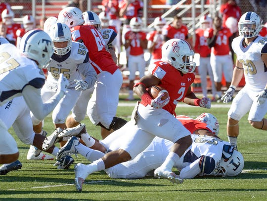 Olivet RB Damorria Lilly rushes for positive yards