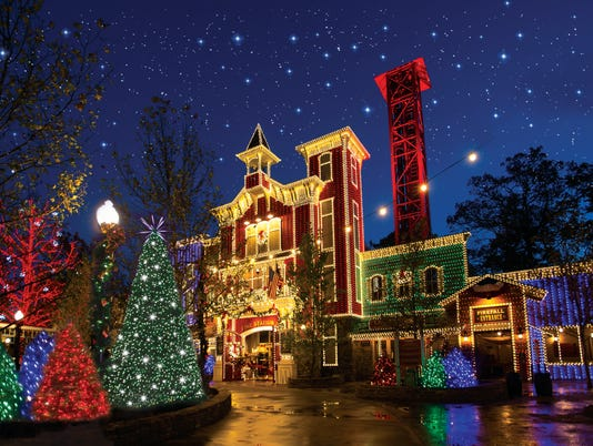 635845685914680299-SDC-Old-Time-Christmas-FL-refl.jpg
