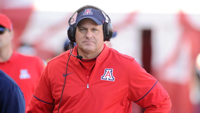 Nov 5, 2016: Arizona Wildcats head coach Rich Rodriguez looks on against the Washington State Cougars during the first half at Martin Stadium.