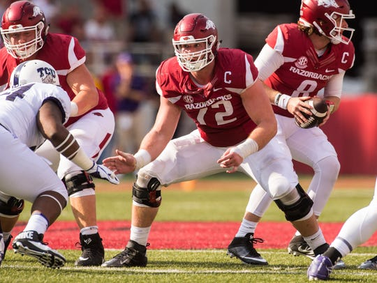 Arkansas lineman Frank Ragnow during a game against