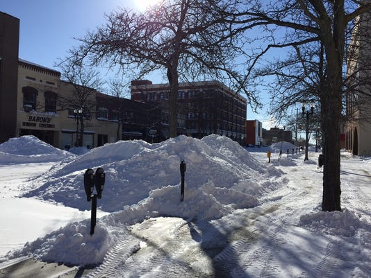 Snowstorm in downtown Lansing