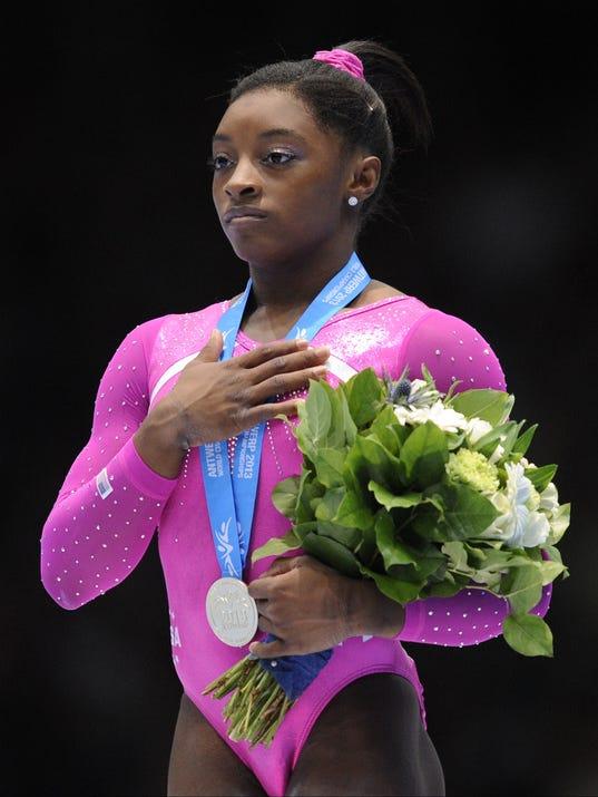2013-10-04 Simone Biles