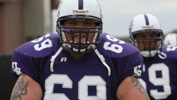 Cameron Horton helped USF to back-to-back NAIA title games in 2006-07.