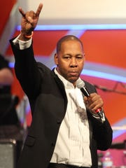 Mark Curry brings his stand-up act to Chuckles Comedy House this weekend.